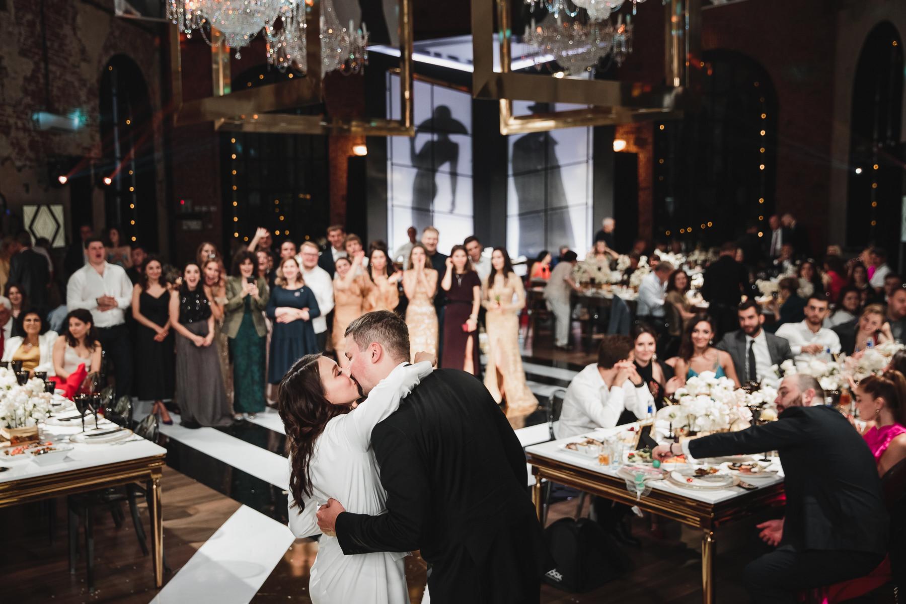 Кинематографичная свадьба на границе реальности и иллюзии