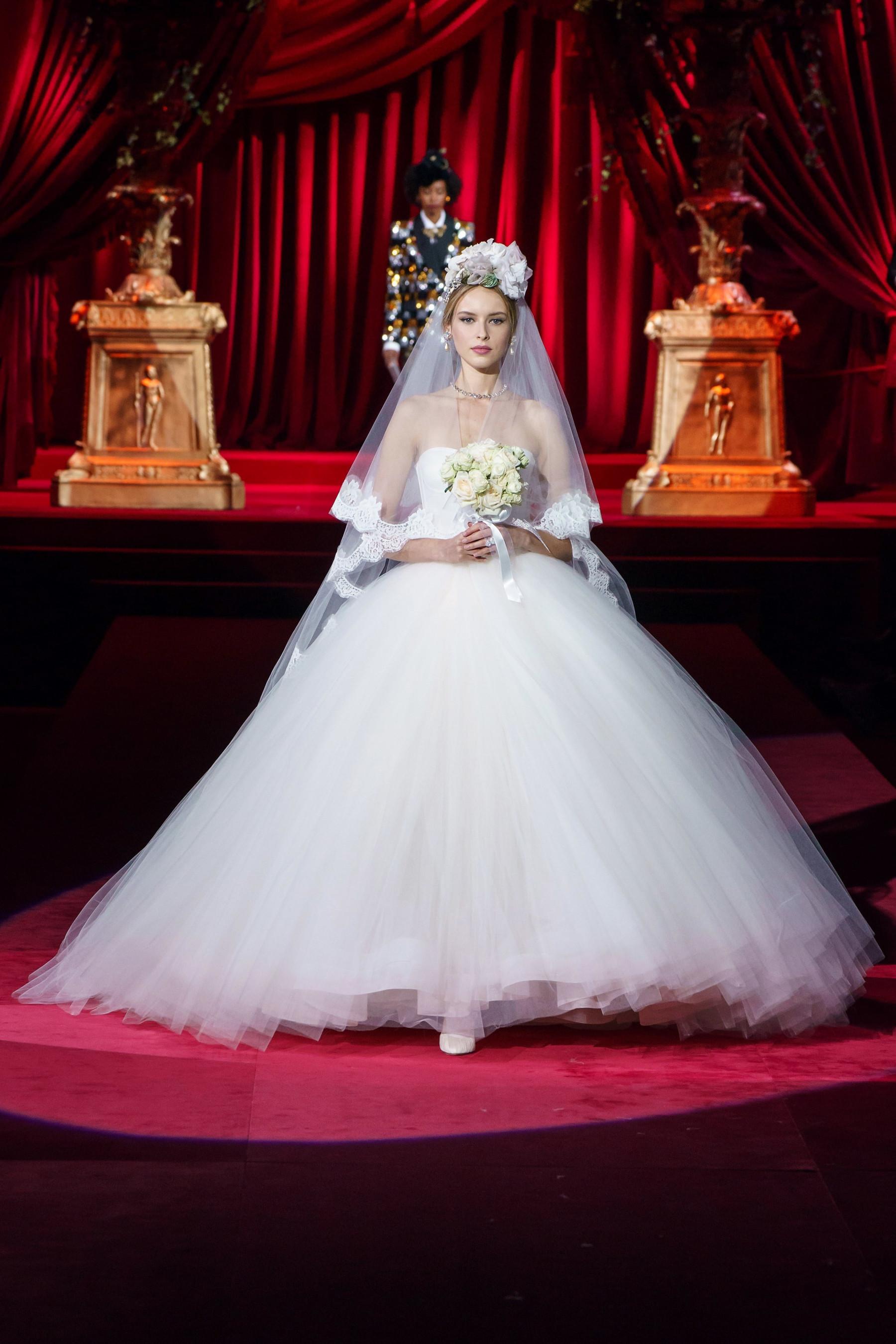 Подбираем платье под место свадьбы