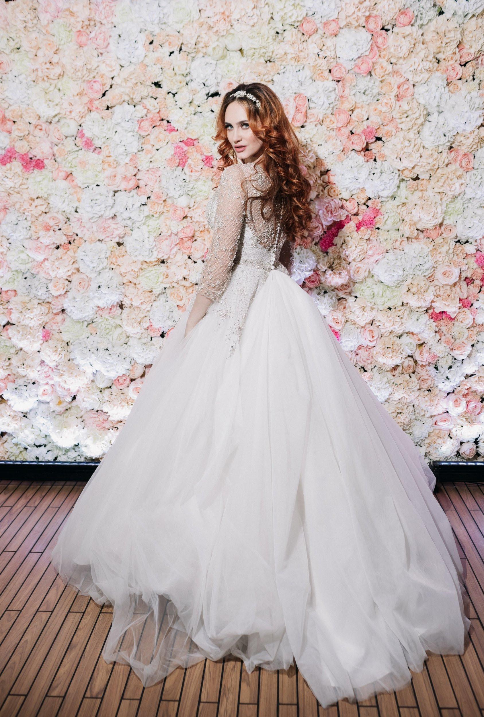 Красота снаружи и внутри: свадьба от агентства