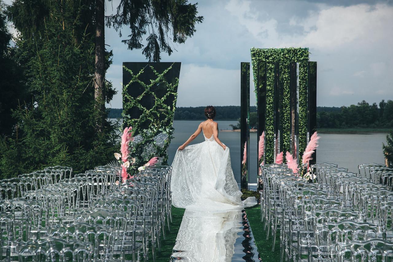 Как выбрать оформление для свадьбы, если нет