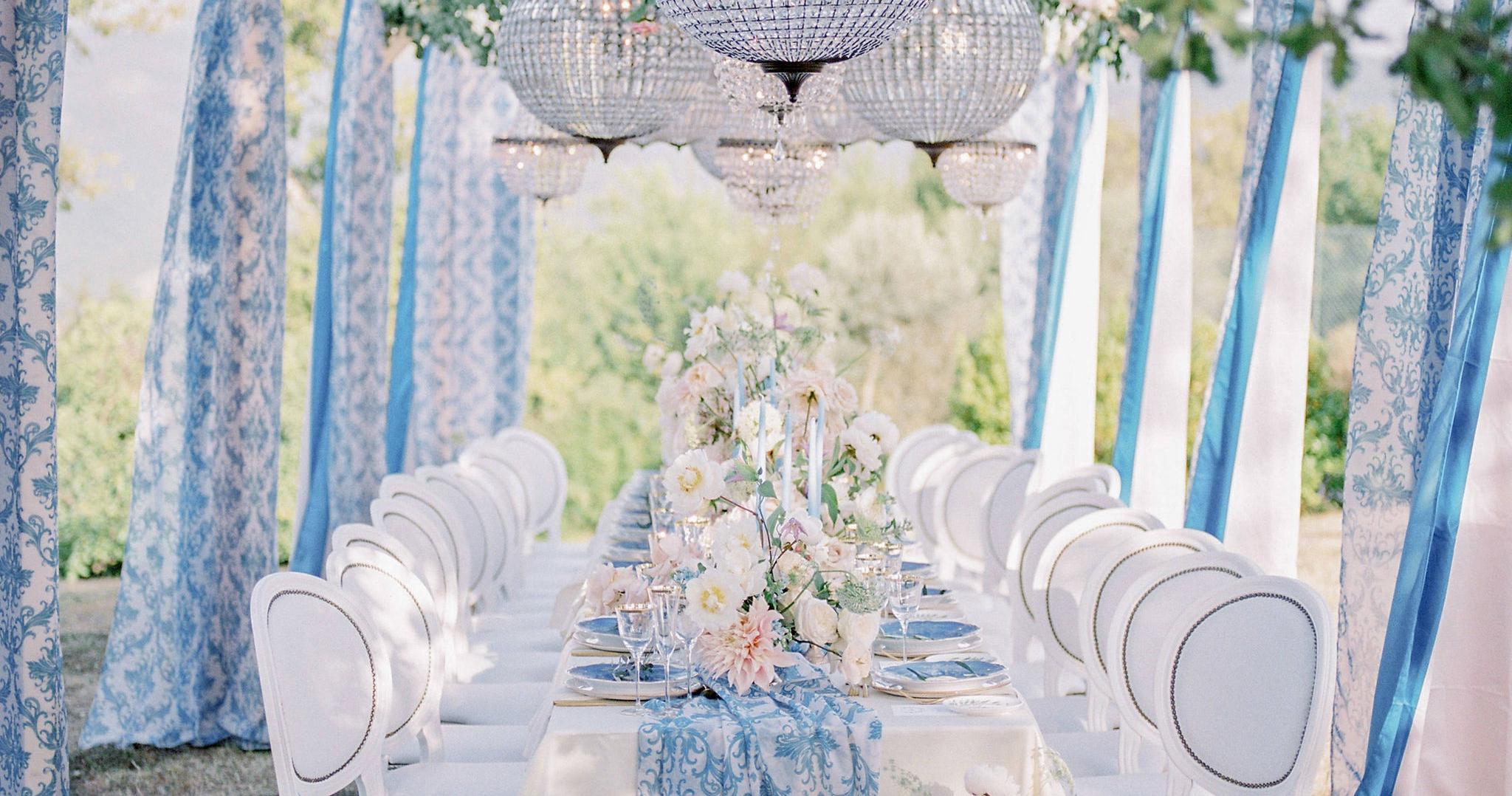Итальянский свадебный ужин под оливковыми деревьями