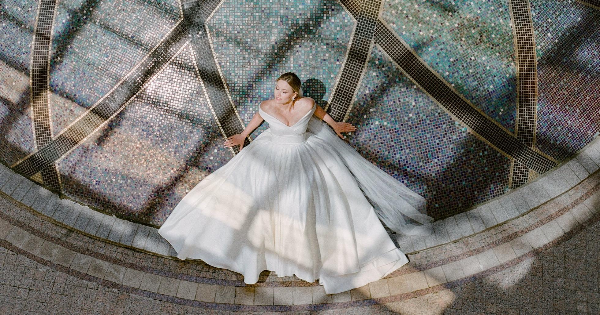 Воздушная свадьба в отеле The St. Regis