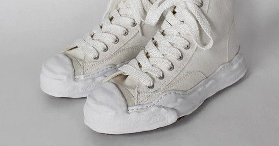 Небанальные кеды и кроссовки для удобного свадебного