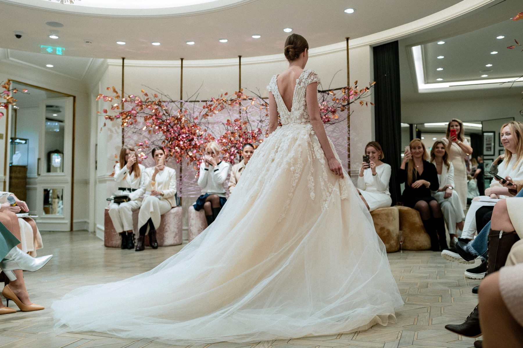 Юлия Шакирова и Wedding by Mercury назвали