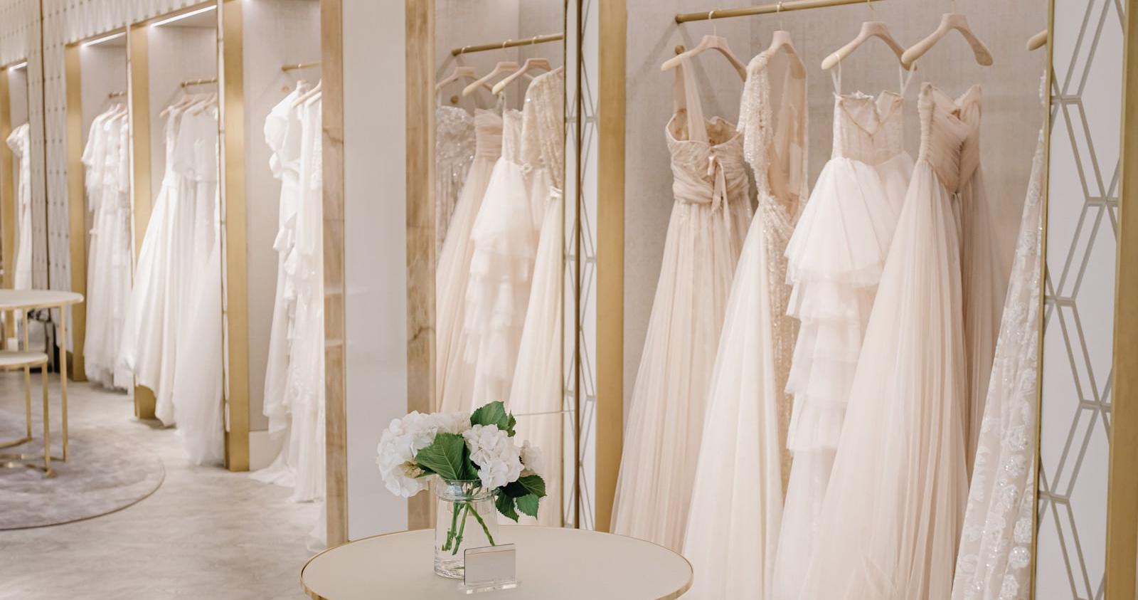 Как подготовиться к примерке свадебного платья: 6