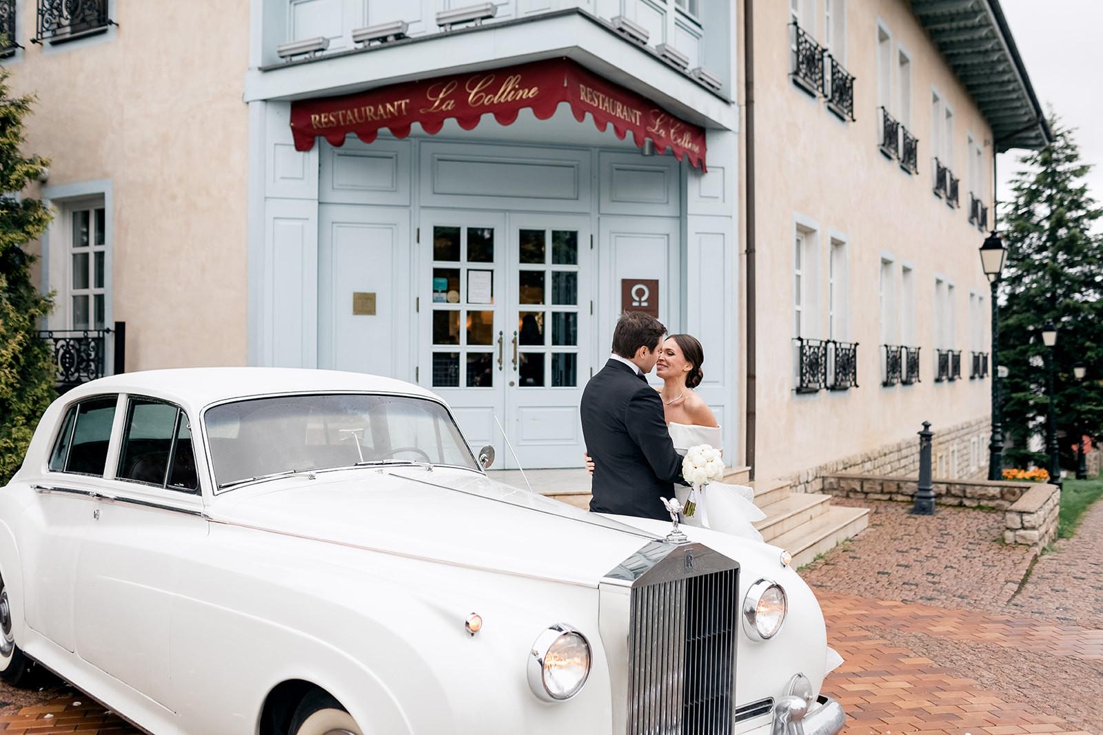 Свадьба в загородном ресторане La Colline