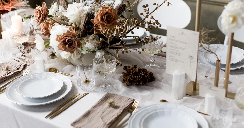 10 вариантов очень красивой свадебной сервировки