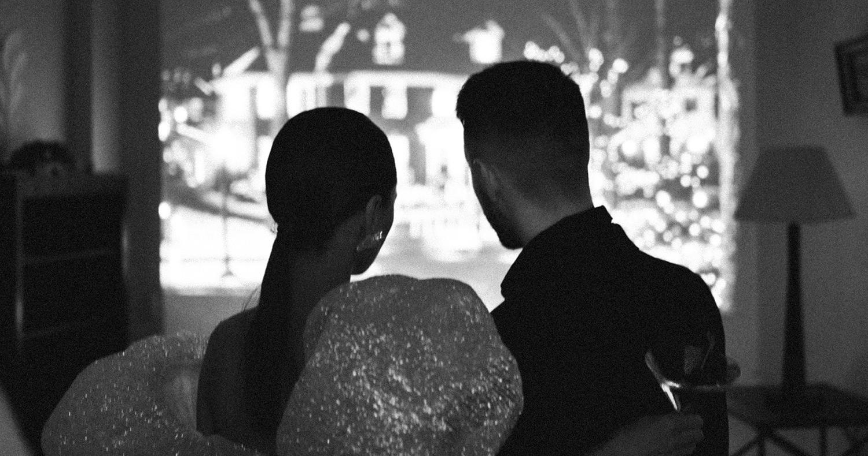 Романтичное свидание в преддверии Нового года