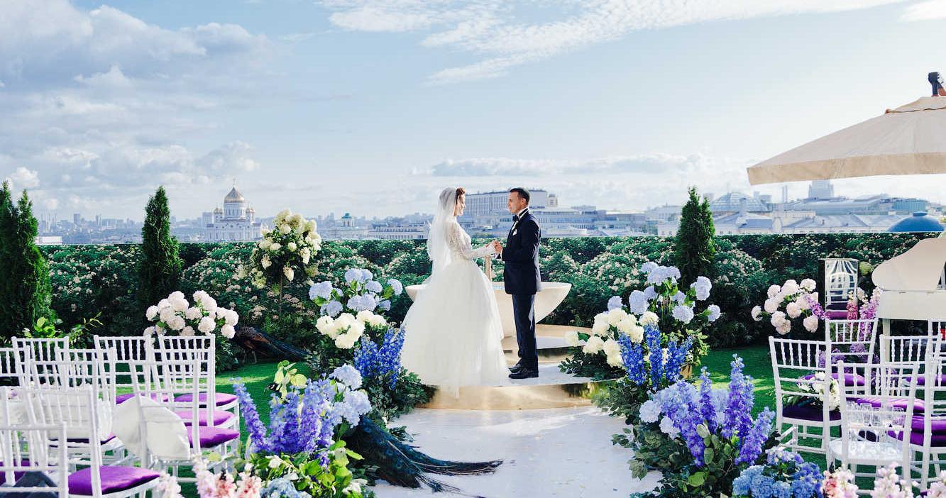 Яркая свадьба в нежно-лавандовых оттенках