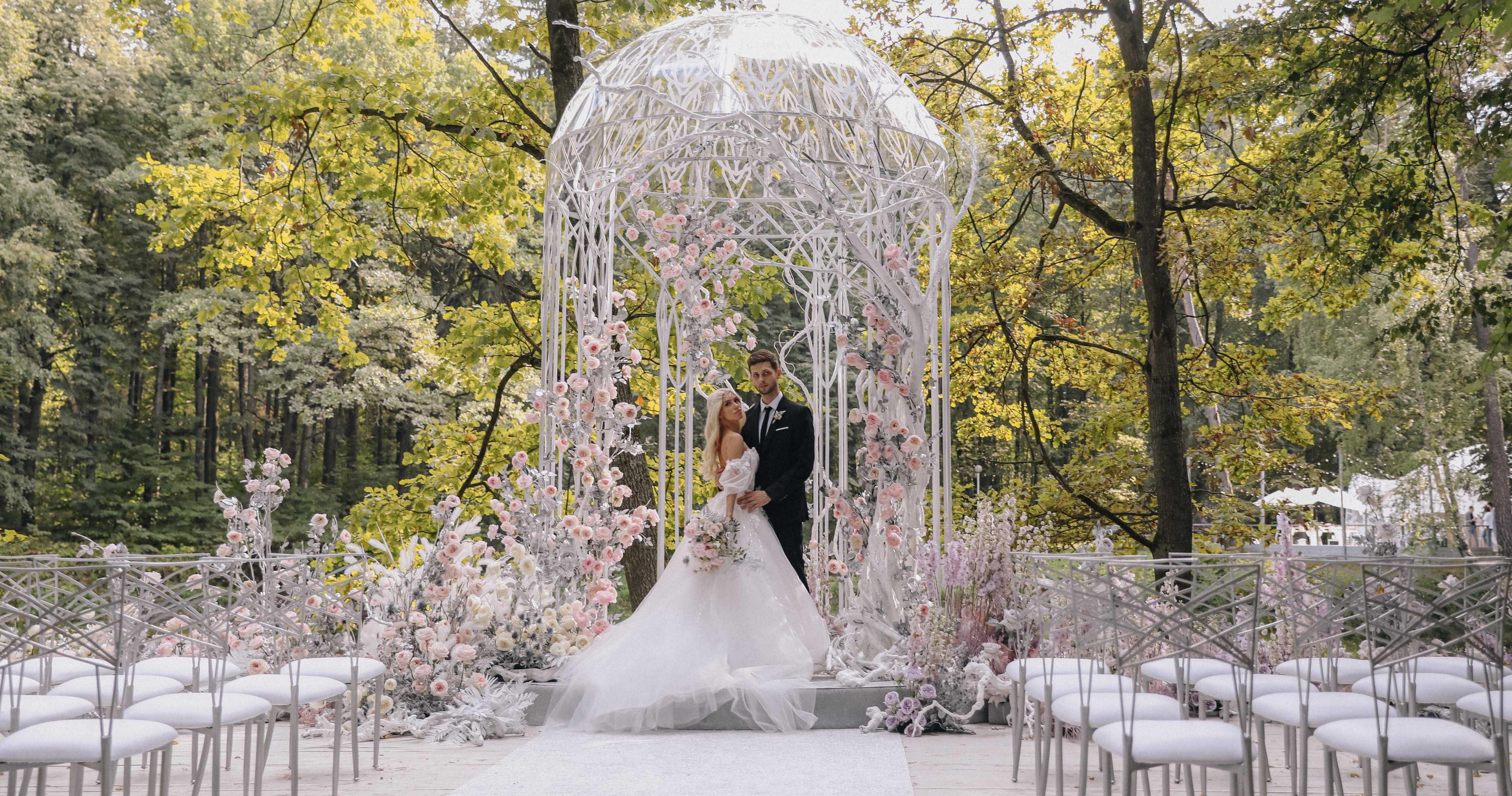 Сказочная свадьба в белоснежно-пудровых оттенках