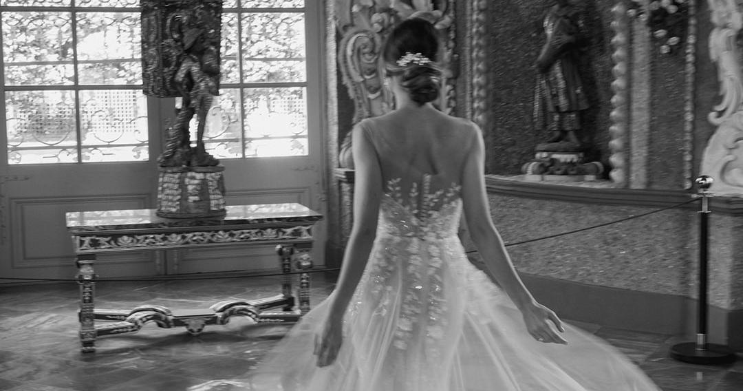 «Аристократическая» свадьба в дворцовых интерьерах