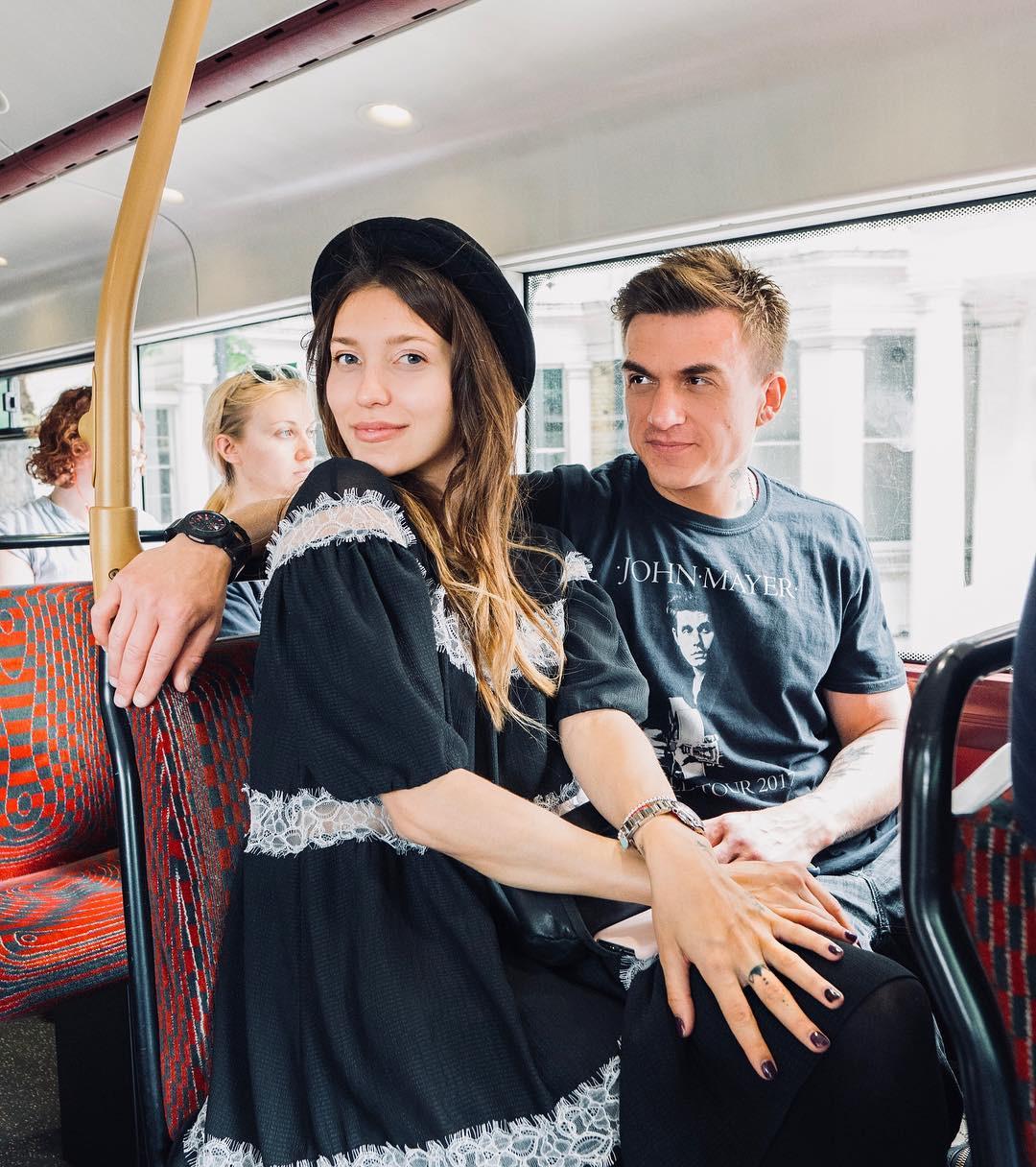 Помолвка лета: Регина Тодоренко и Влад Топалов
