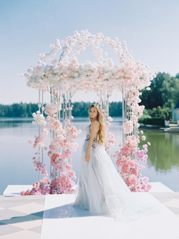 Все оттенки розового: 5 сказочно-нежных свадеб