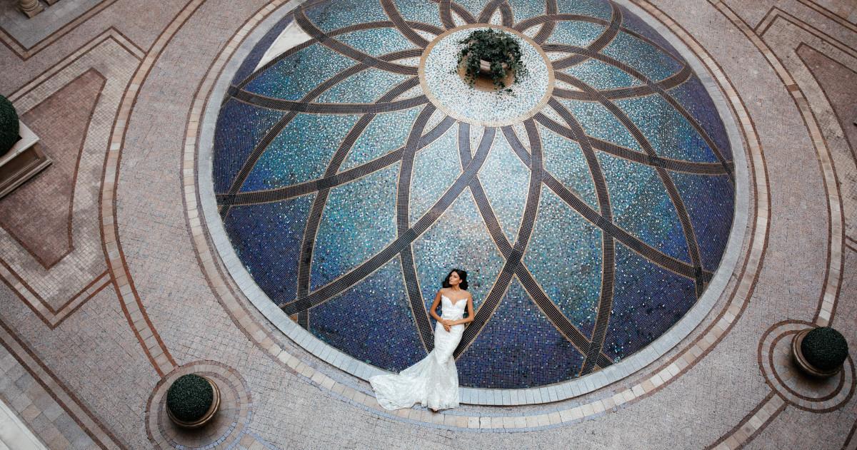 Christi Wedding: три бренда свадебных платьев в