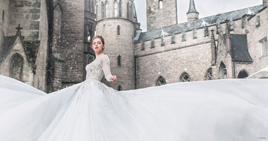 Disney выпустил свадебные платья Ариэль, Золушки и