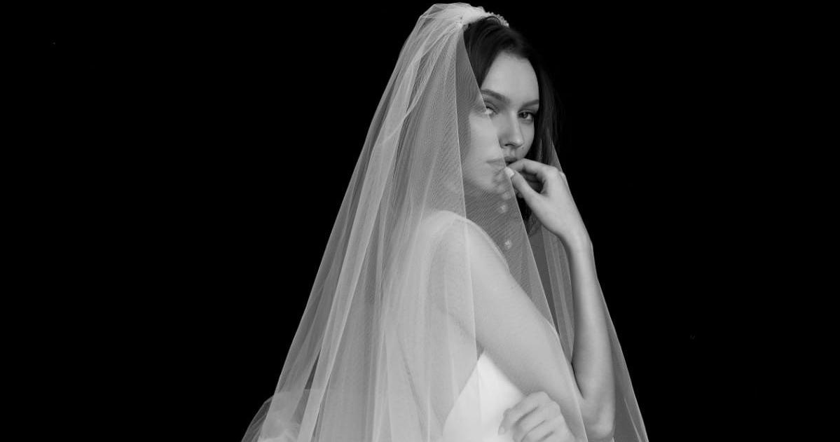Новая коллекция Helena Kolan в салоне «Белое