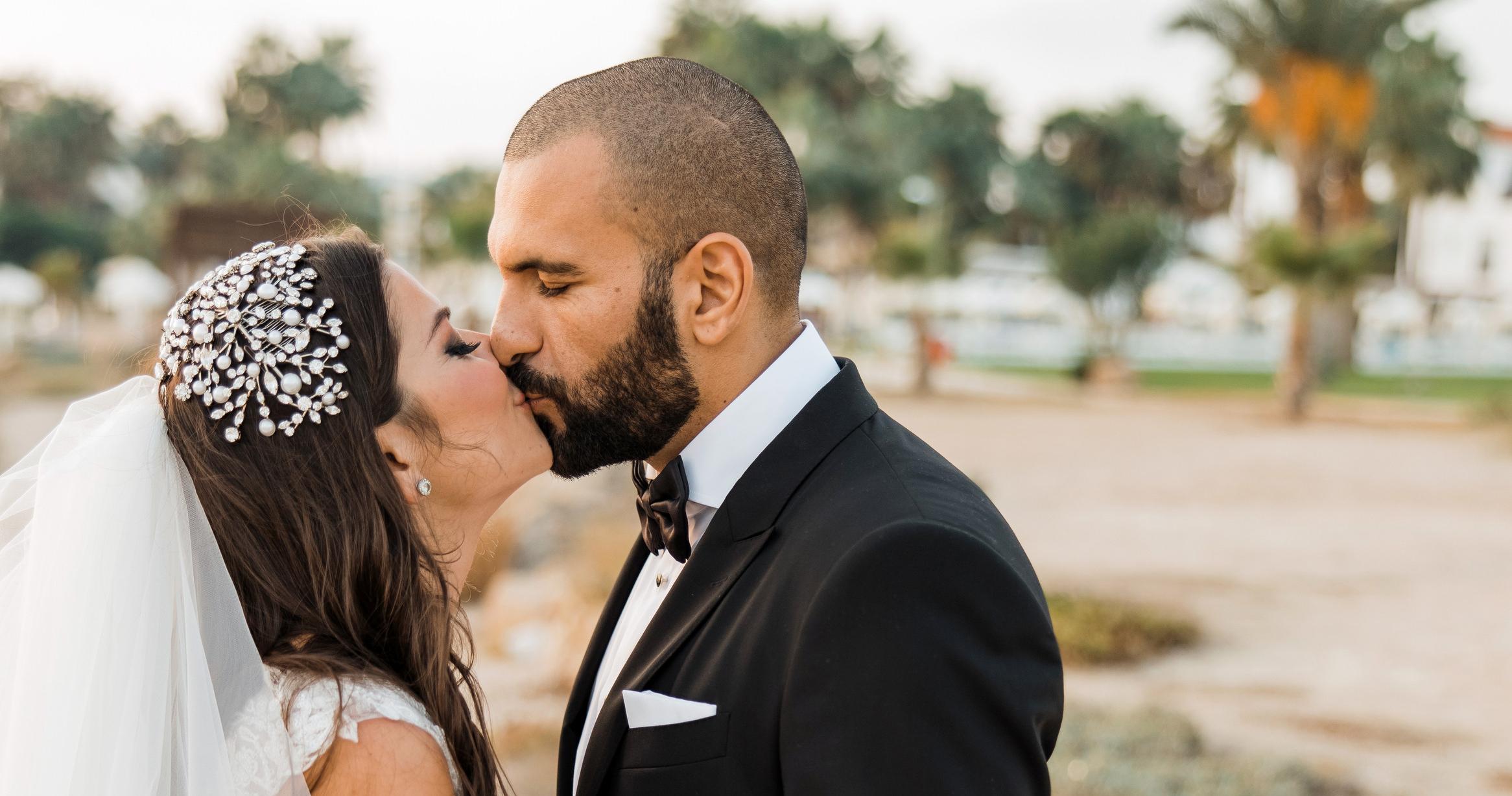 Колоритная свадьба на Кипре