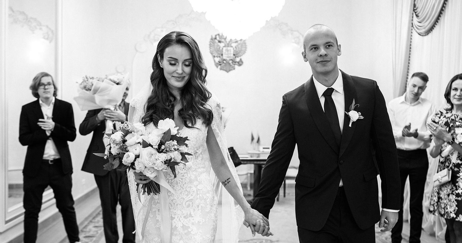 Классическая сдержанная свадьба в центре Москвы