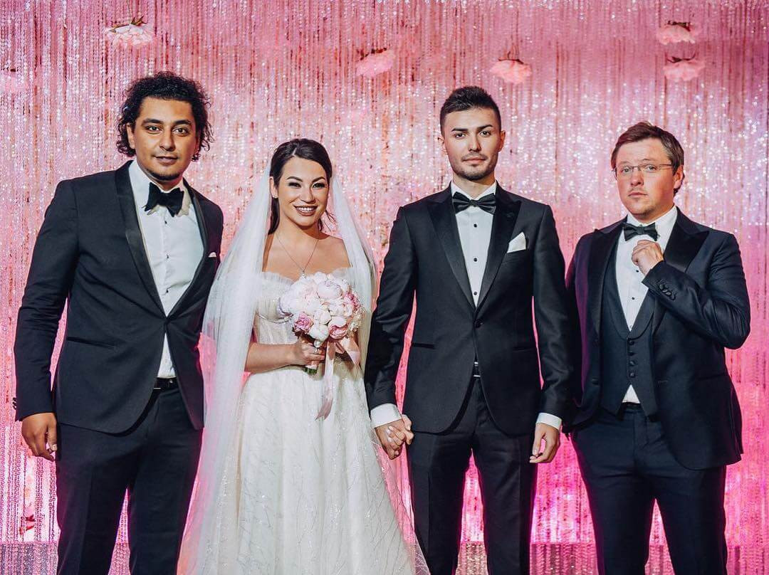 Лицо мероприятия: как выбрать свадебного ведущего?