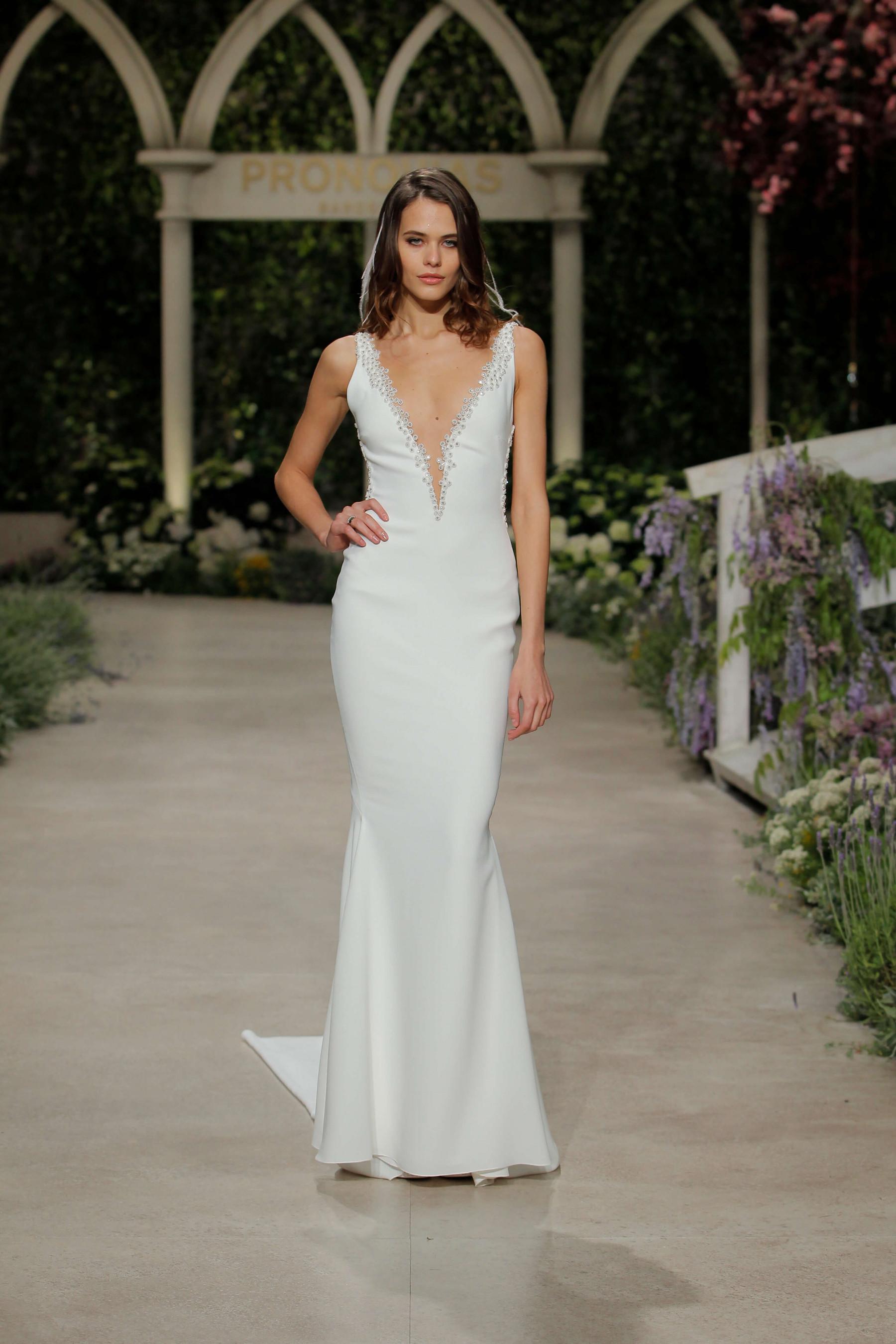 Свадебные платья Pronovias: стильная коллекция «In bloom»