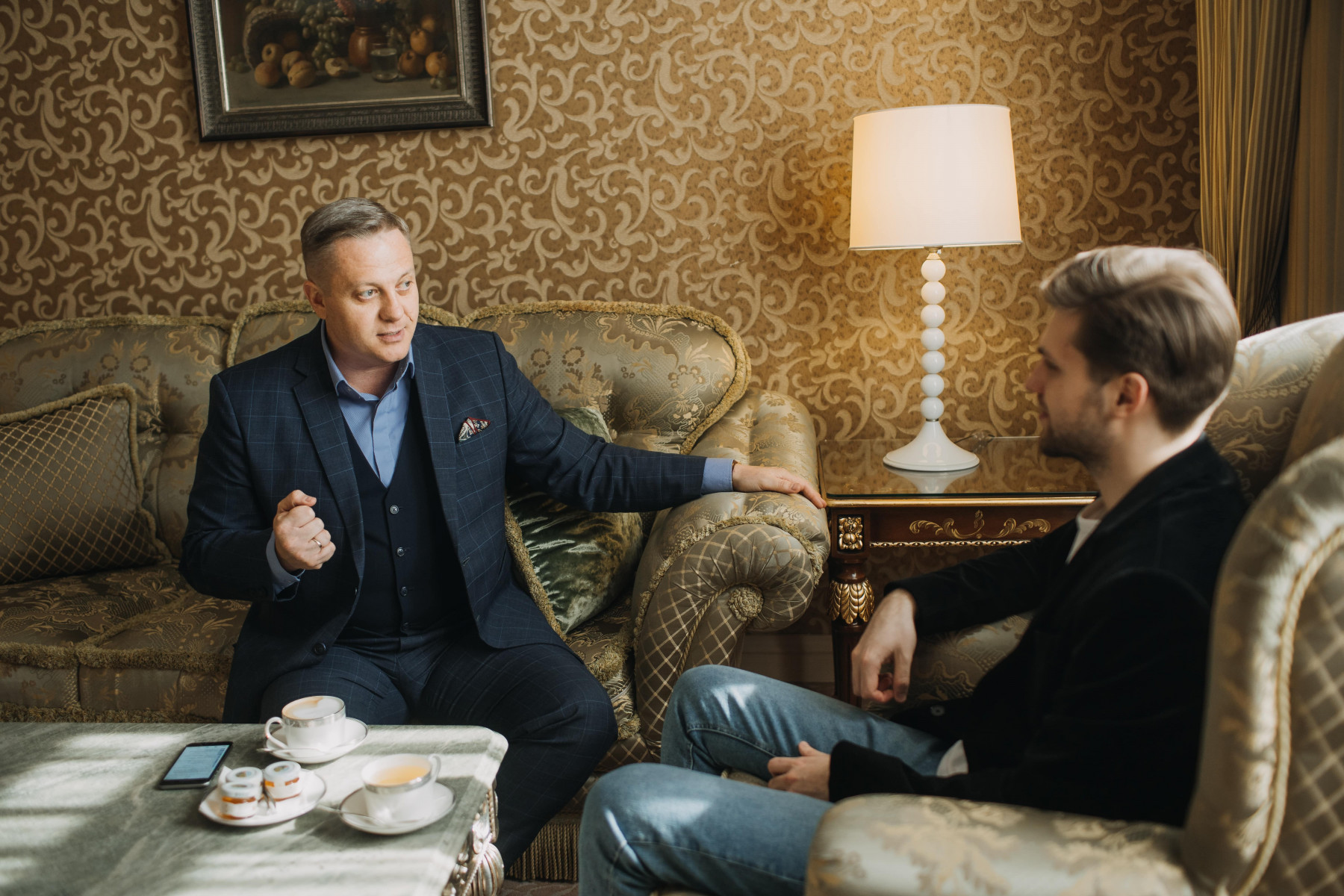 Антон Абучкаев о творческом пути, свадьбах, слезах