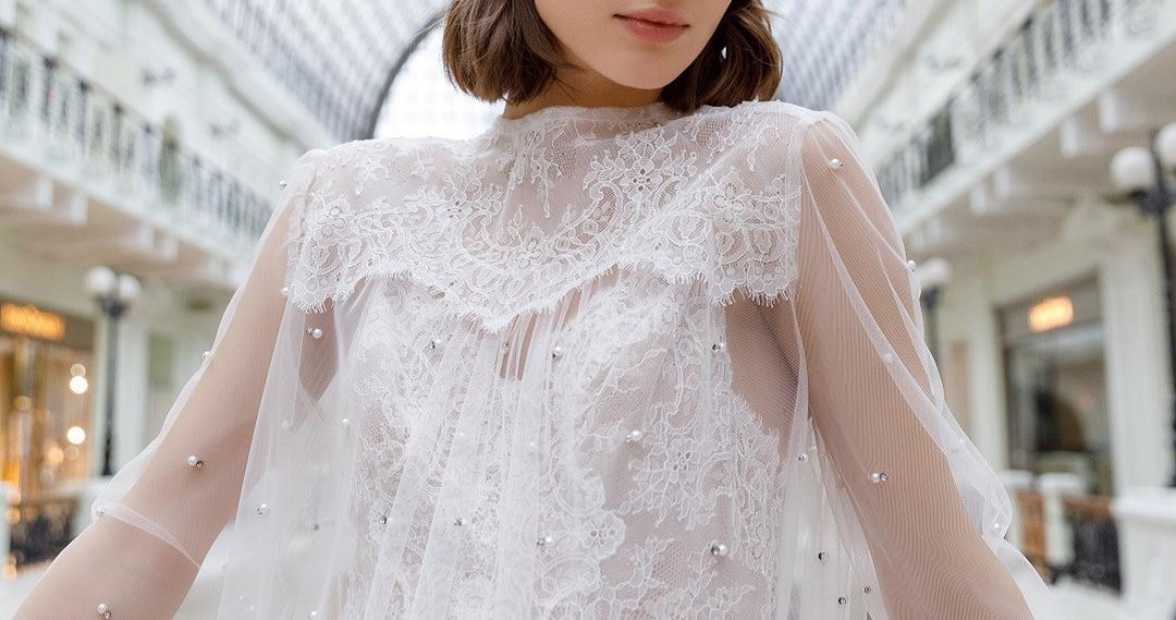 Платья с выразительными деталями для летней свадьбы