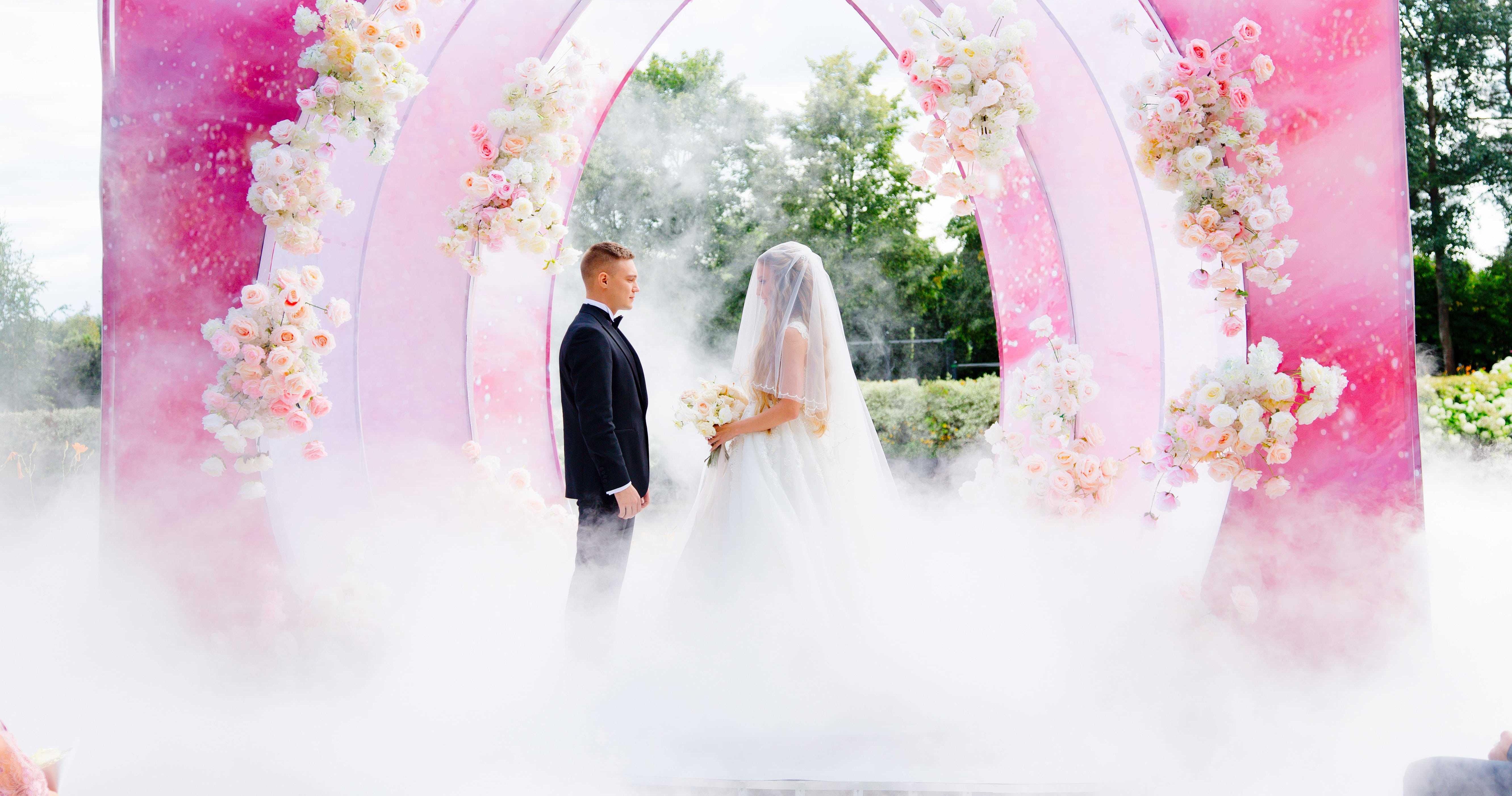 My Breath: нежная свадьба в окружении роз