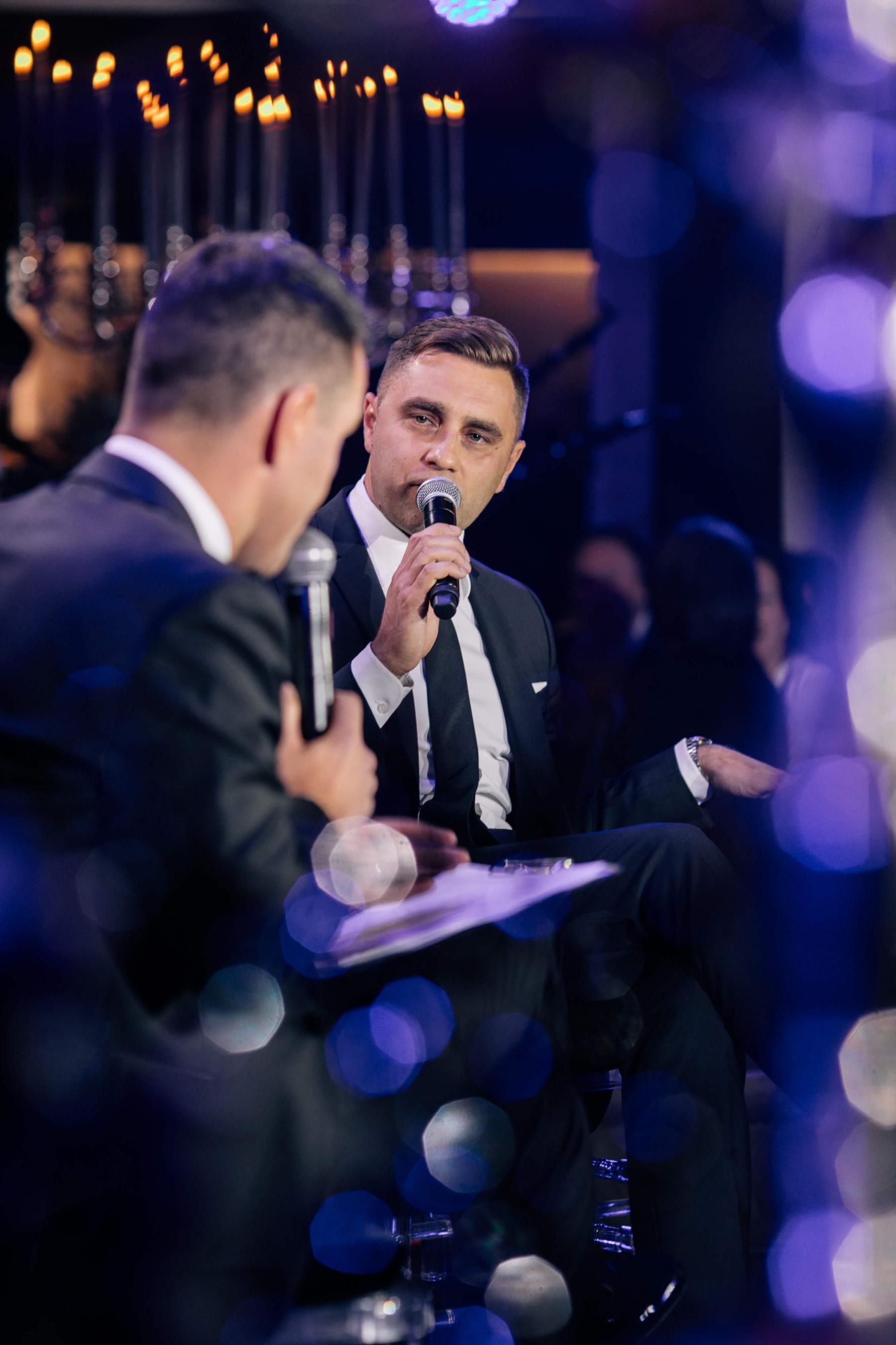 Радио, телевидение, премии: история и опыт Олега