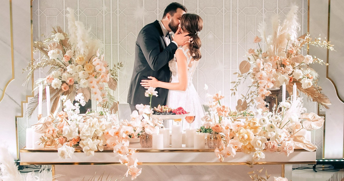 Оформление свадьбы в золотых оттенках: 6 идей