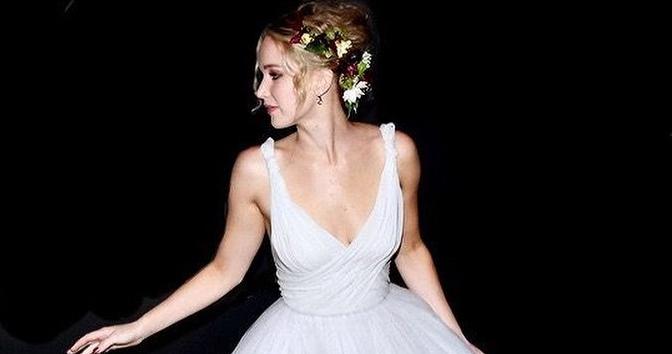 What was Jennifer Lawrence's biggest wedding regret?