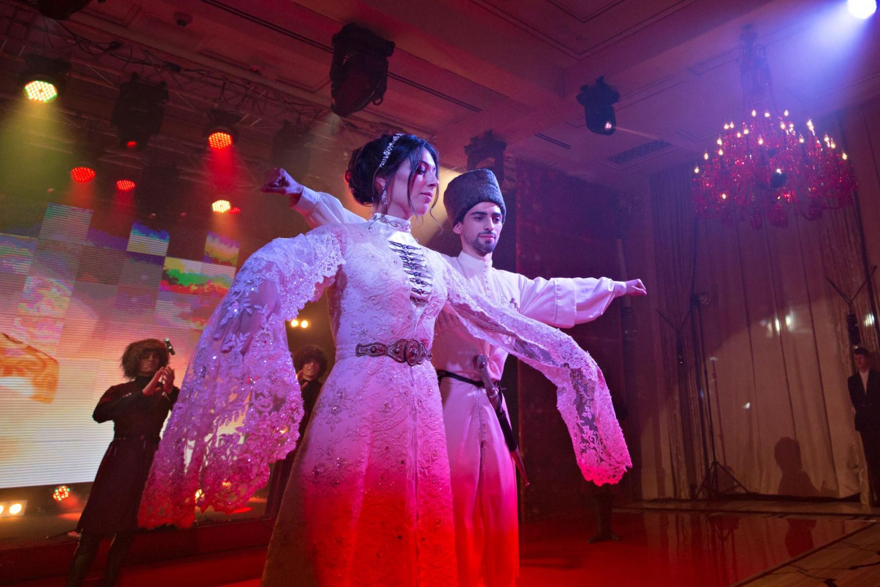 Red wedding: свадьба Давида и Этери