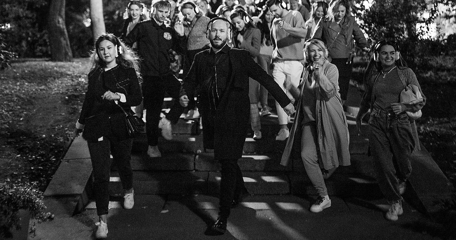 Иммерсивное шоу «Пой, танцуй» — необычное развлечение