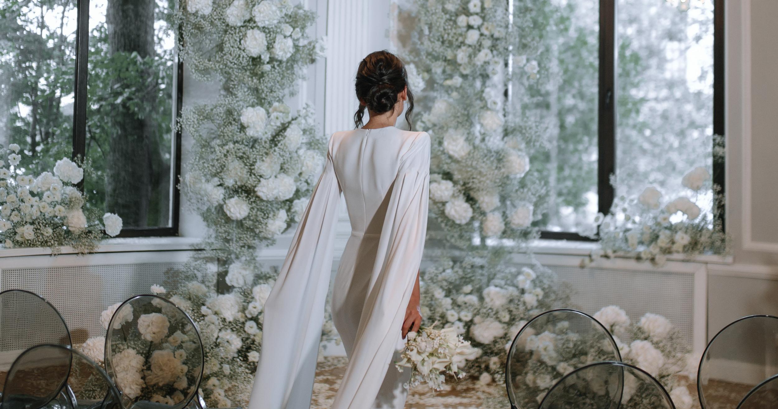 Свадьба с белоснежным декором в особняке