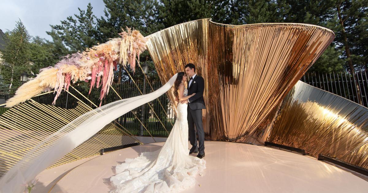 Роскошная свадьба в подмосковном замке