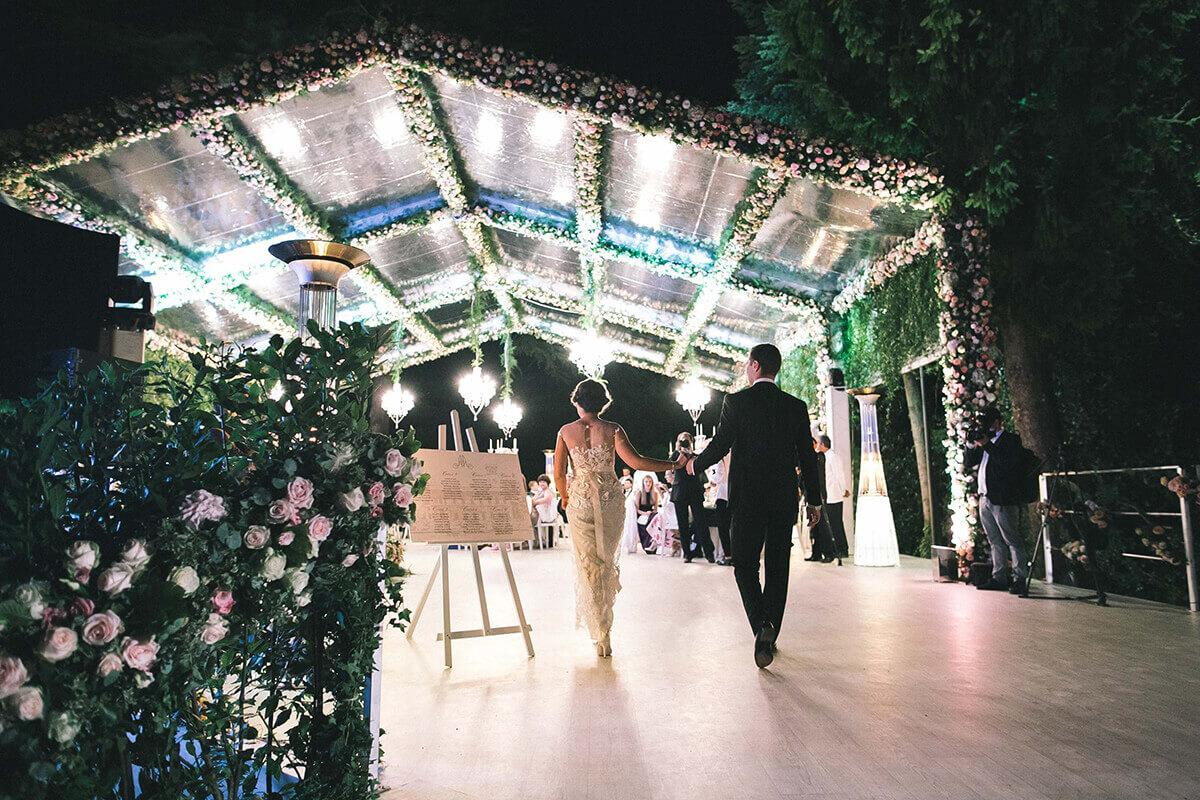 Оформление свадьбы при помощи фоамирана: новый тренд
